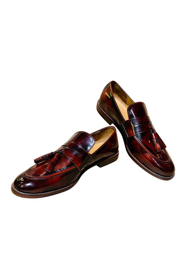 Tassel detailed loafers