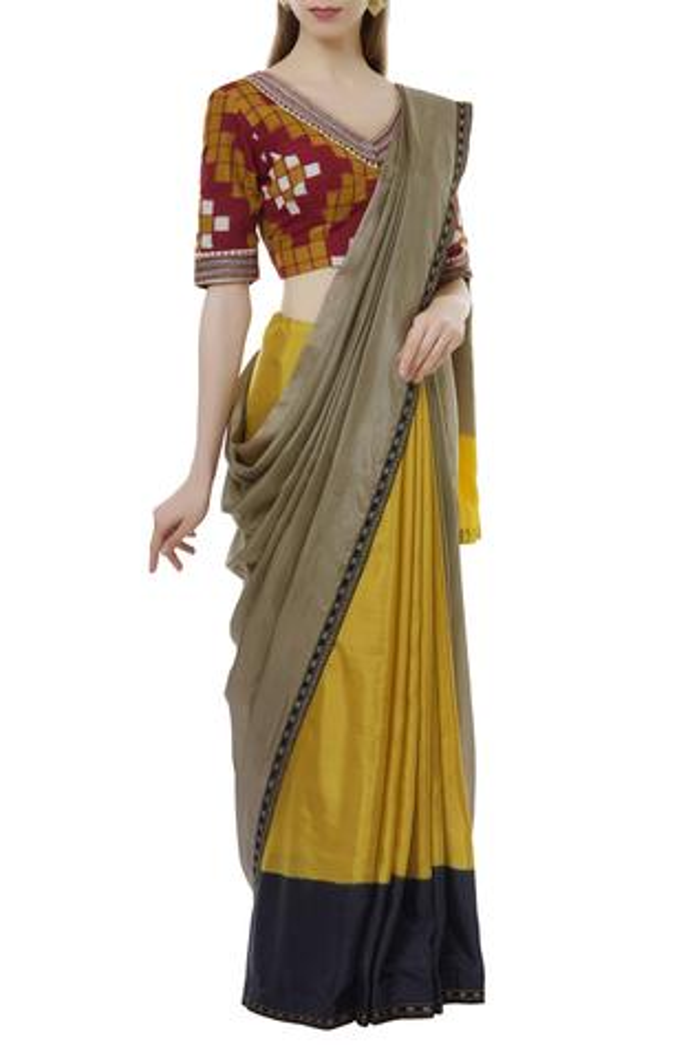 Saree With Ikat Blouse