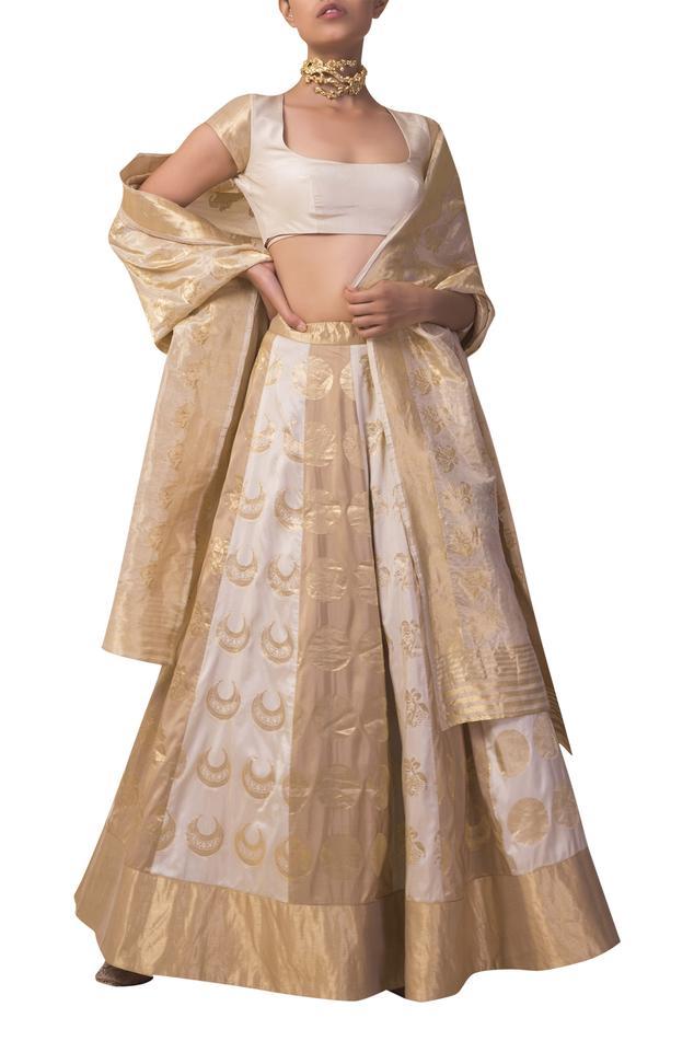 Silk Handwoven Lehenga Set