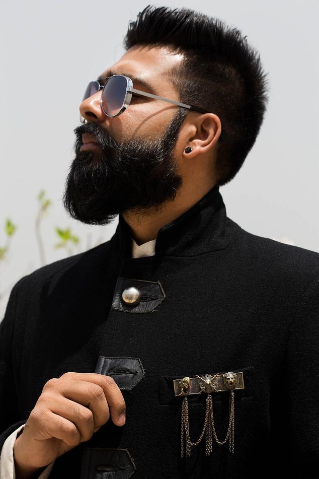 Maharaja Brooch with Chain Tassels