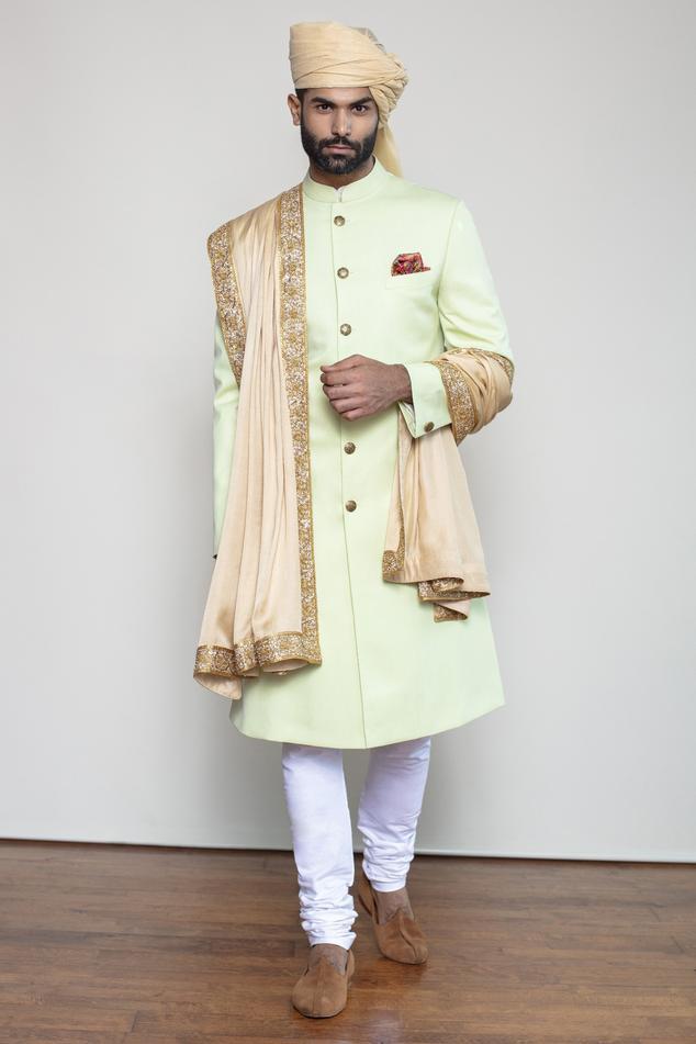 Achkan Sherwani