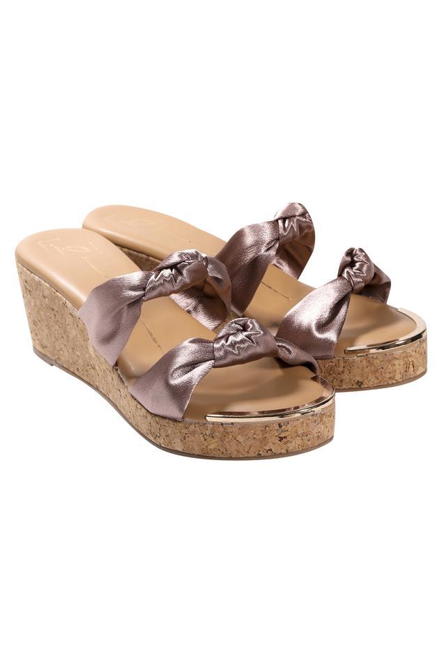 Knotted Strap Platform Sandals