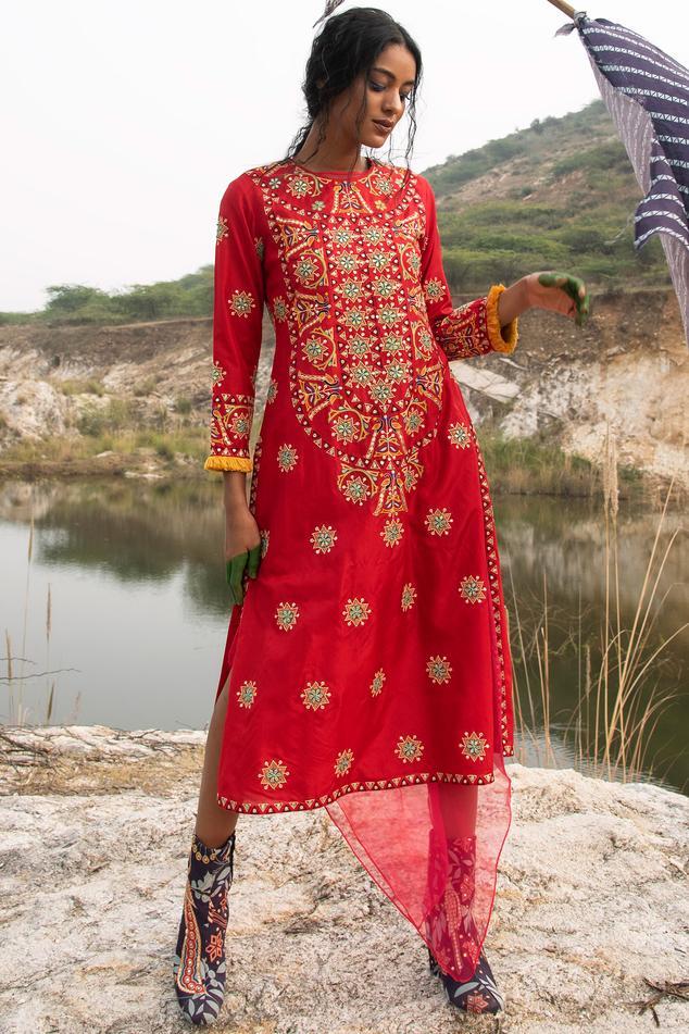 Silk Embellished Kurta