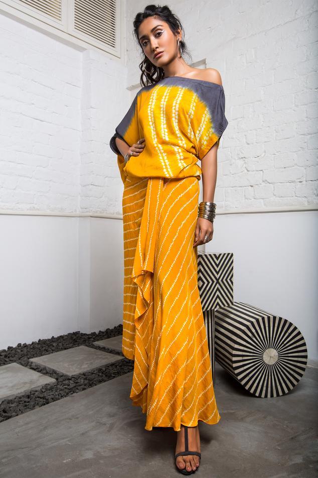 Badhani Skirt Set