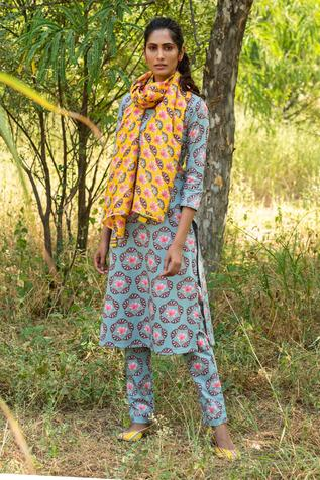 Floral Print Kurta & Pant Set