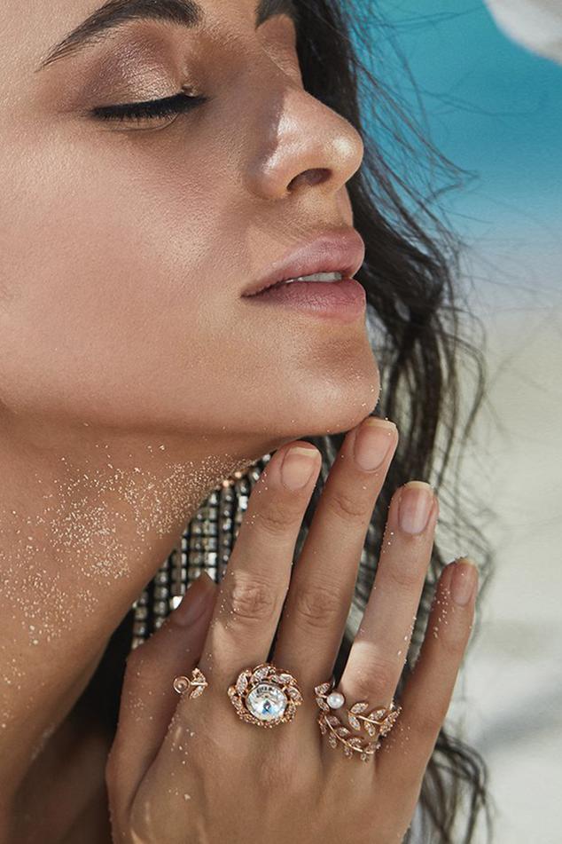 Meri Crystal Ring (Single Pc)