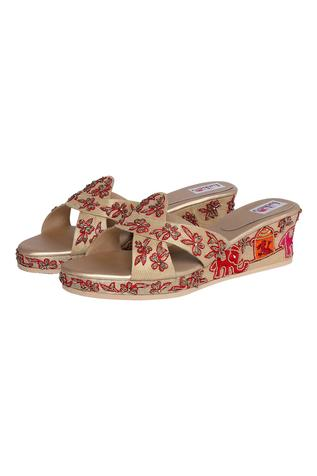 Silk Embroidered Wedges
