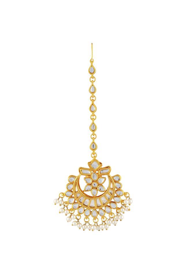 Gold polished floral motif kundan maangtikka