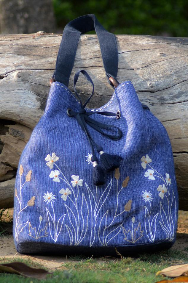 Linen Floral Embroidered Bucket Bag