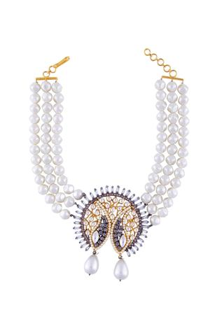 Beaded choker with kundan