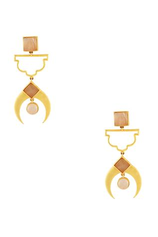 Gold plated earrings with peach stonework