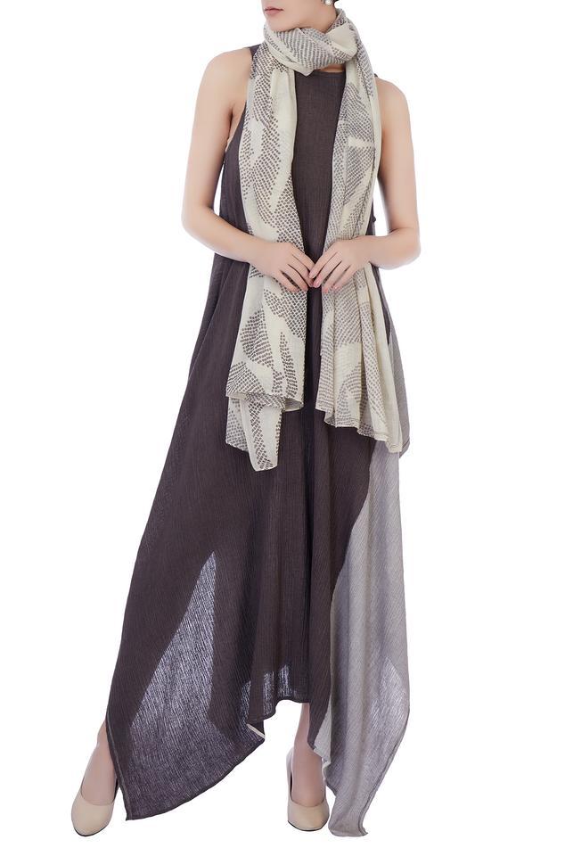 Ecru beige shibori wool scarf