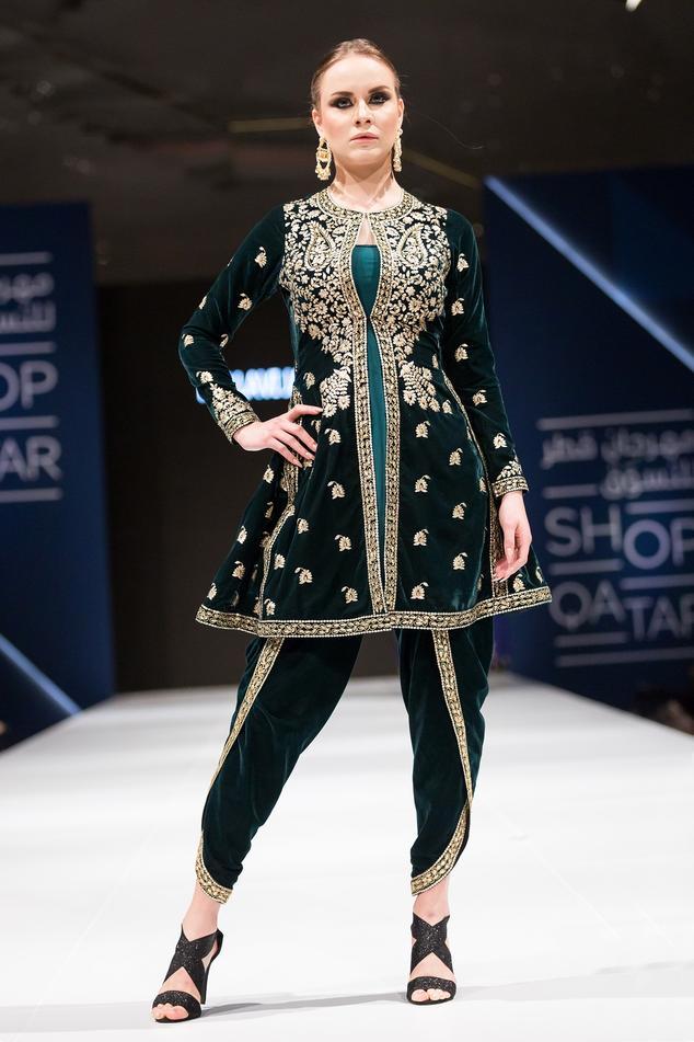 Green velvet pittan embroidered kurta set