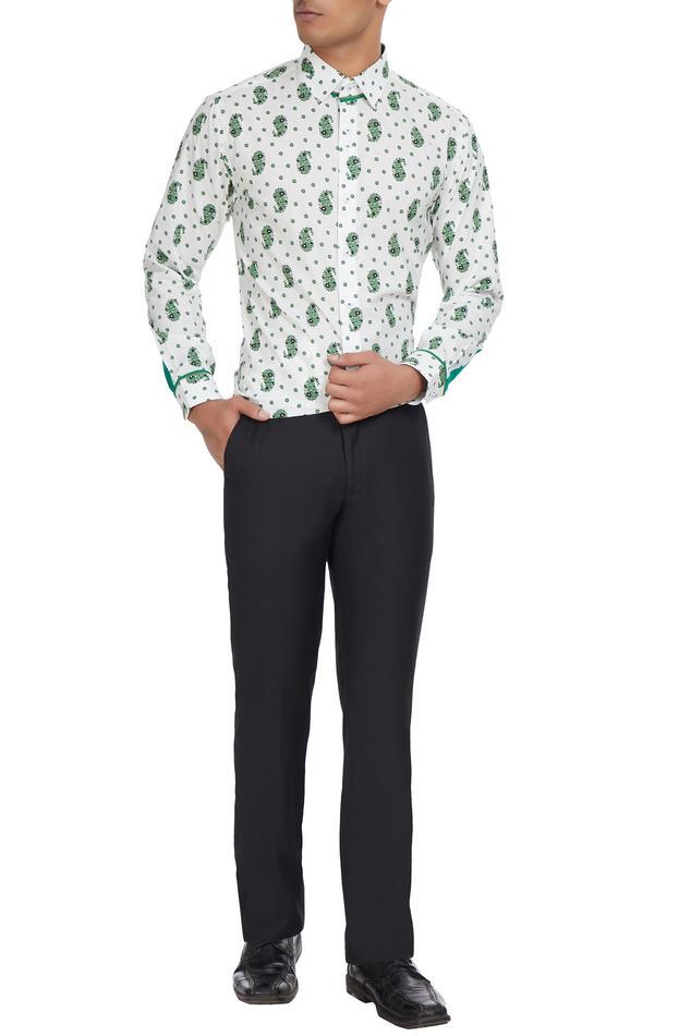 Paisley motifs printed shirt.