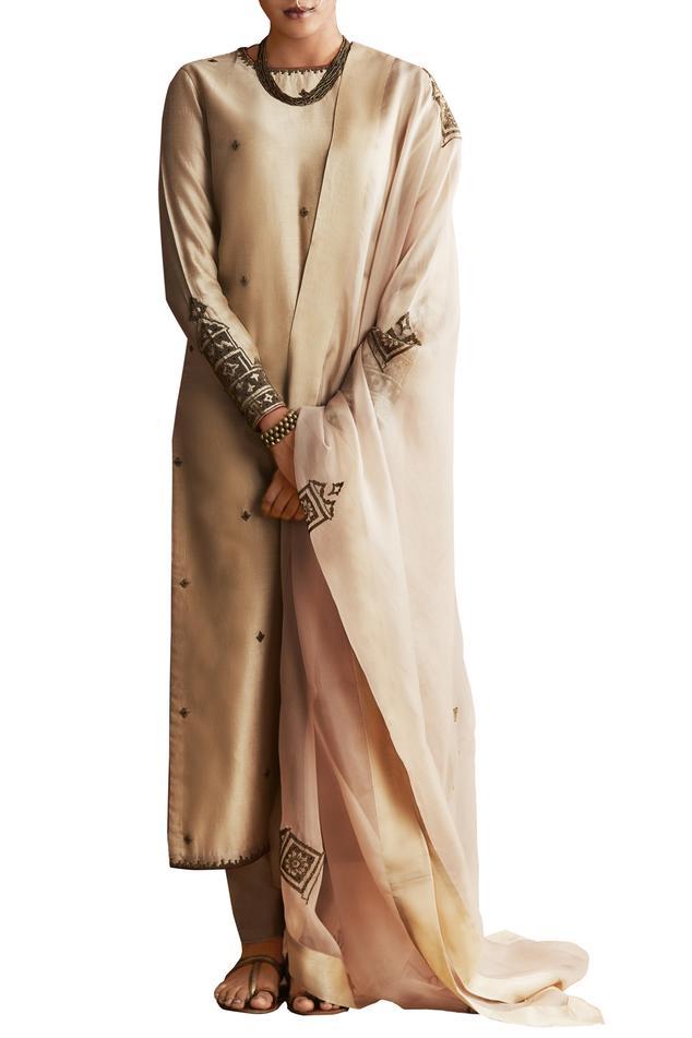 Champagne chanderi silk kurta with pants & dupatta
