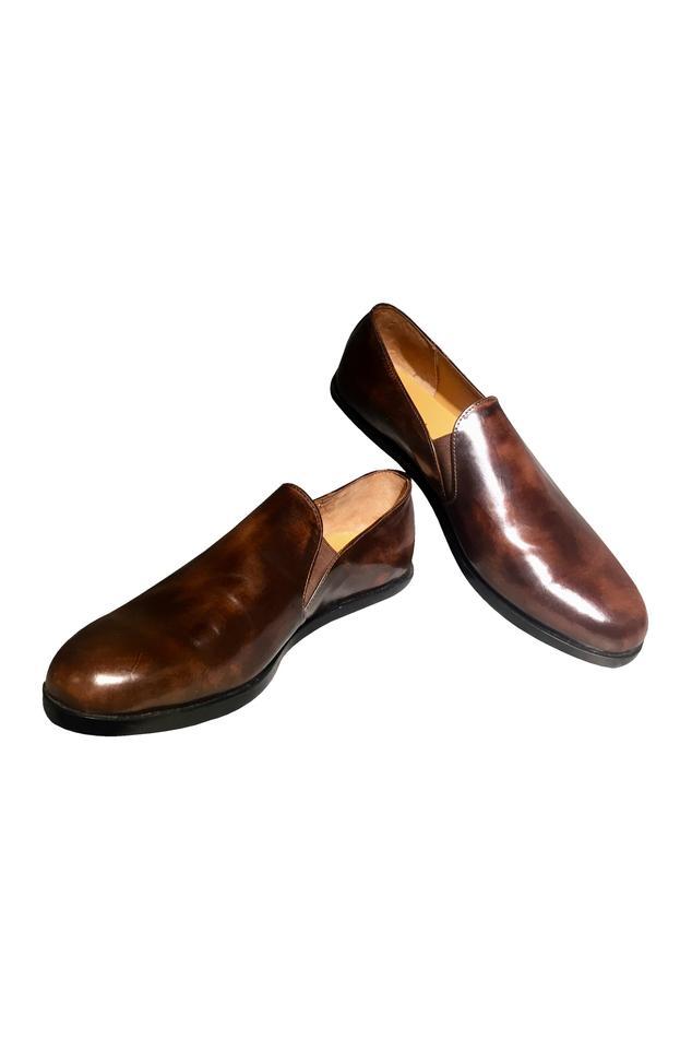 Brown leather handcrafted v-loafer