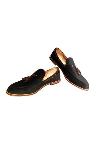Black velvet loafers with tassel detailing