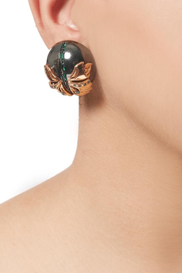 Instar Button Stud Earrings