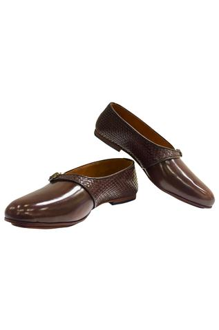 Classic Wooven Buckle Shoes
