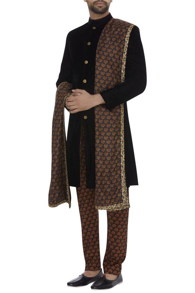 Sherwani With Printed Pants & Stole