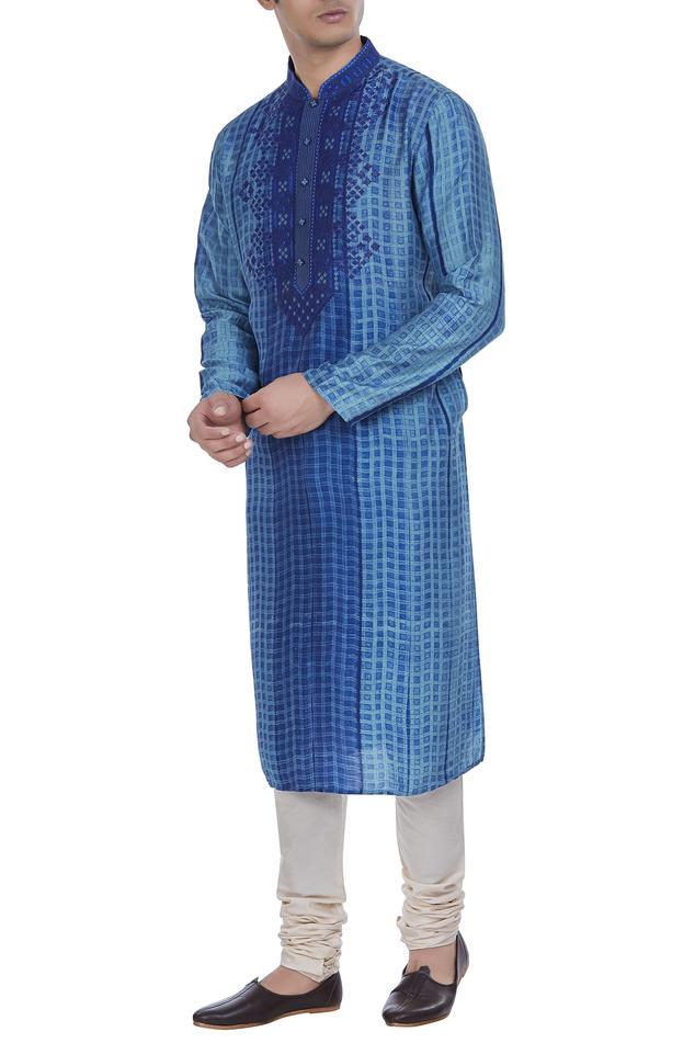 Textured tussar silk kurta set