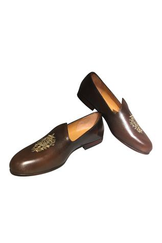 Handcrafted pure leather loafers