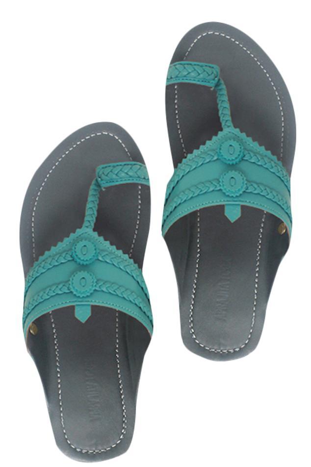 Kolhapuri style leather strap sandals