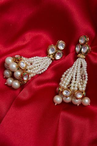 Pearl and kundan dangler earrings