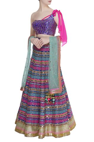 Banarasi Embroidered lehenga set