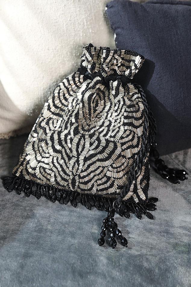 Velvet Tassel Potli Bag