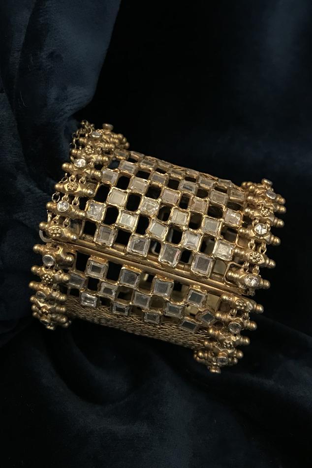 Stone Cutwork Bangle (Single Pc)