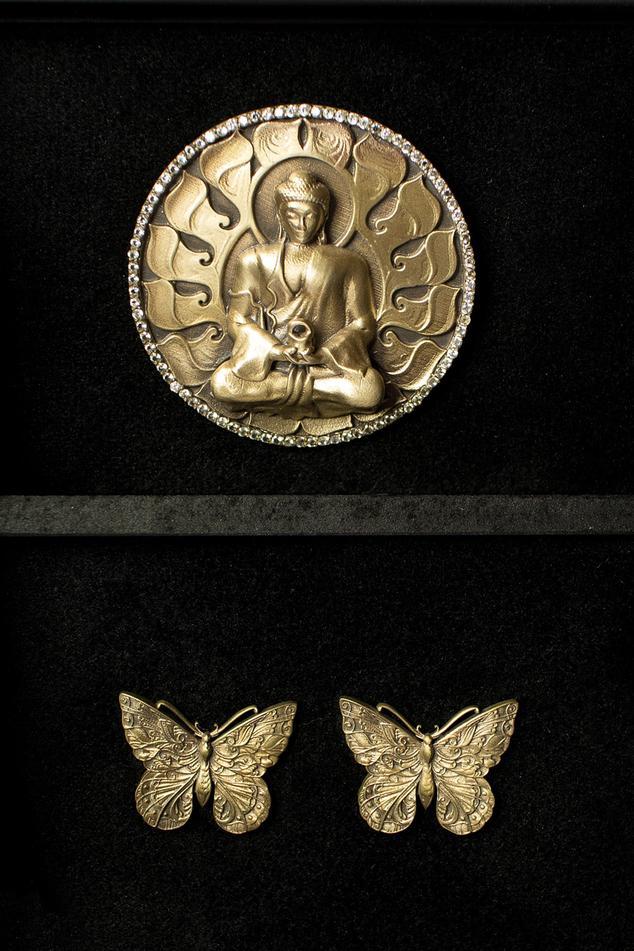 Buddha Brooch & Butterfly Collar Tips Set