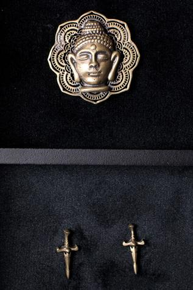 Buddha Brooch & Sword Collar Tips Set