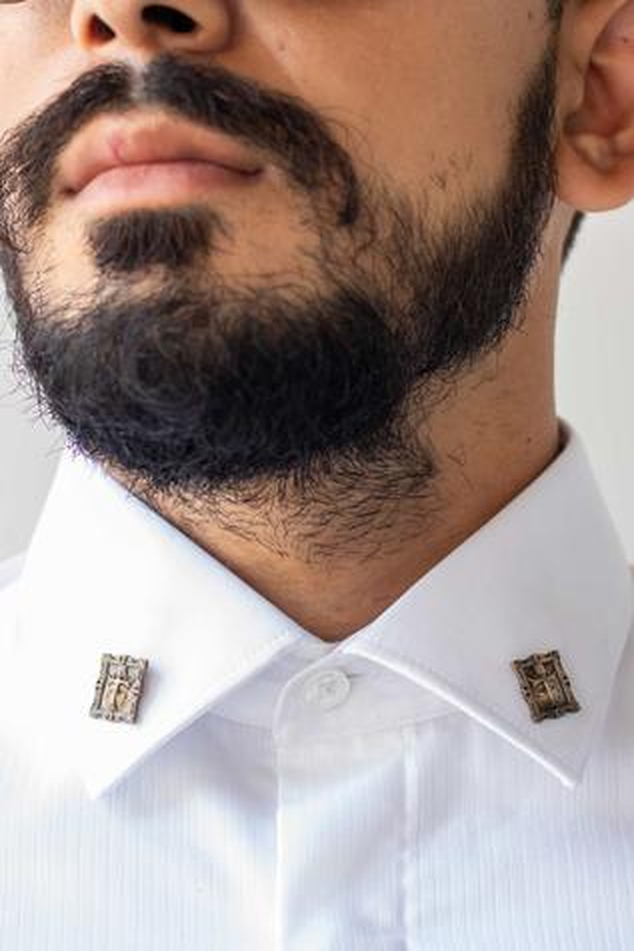 Shield Collar Tips