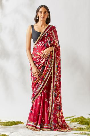 Floral Print Saree with Unstitched Blouse Fabric