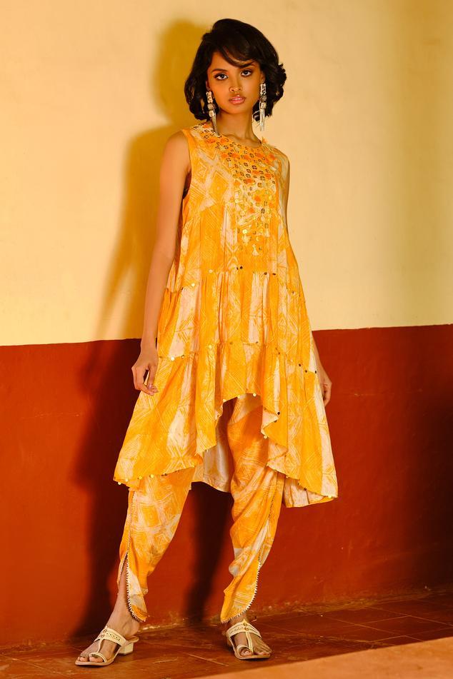 Printed Kurta & Dhoti Pant Set