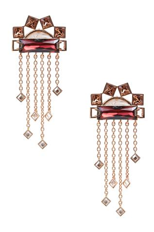 Geometric Chain Danglers