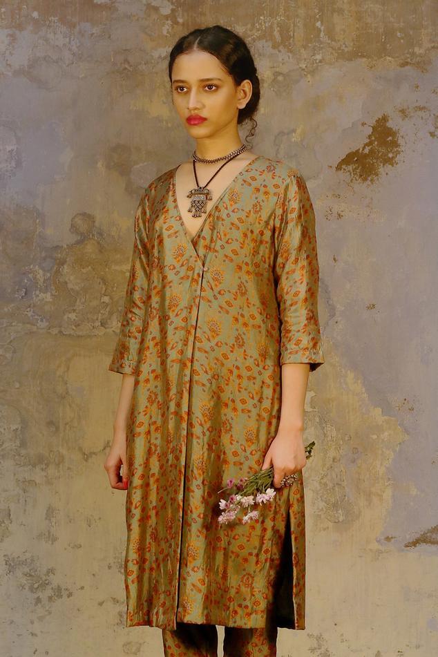Handwoven Silk Kurta & Pant Set