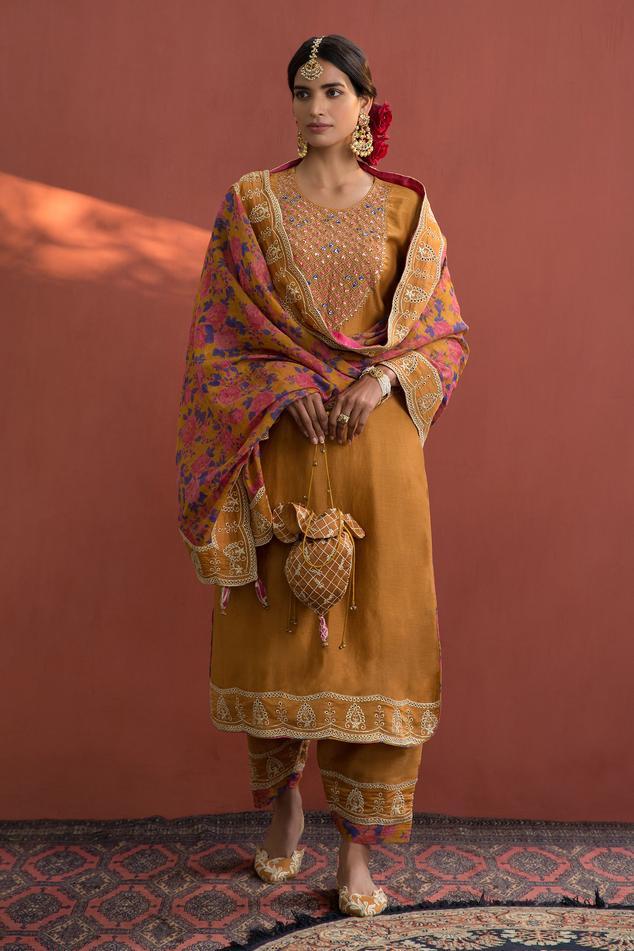 Chanderi Embroidered Kurta Set