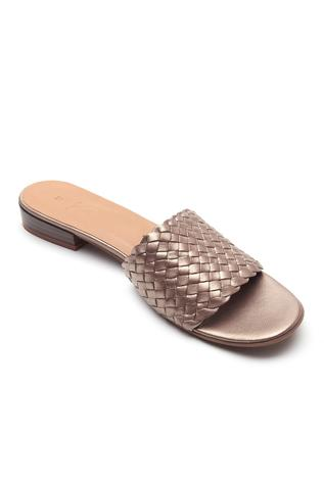 Metallic Leather Textured Sandals