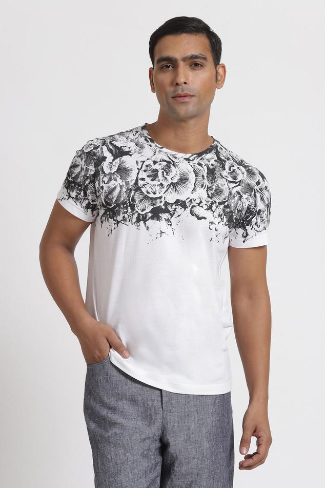Canthar Floral Print T-Shirt
