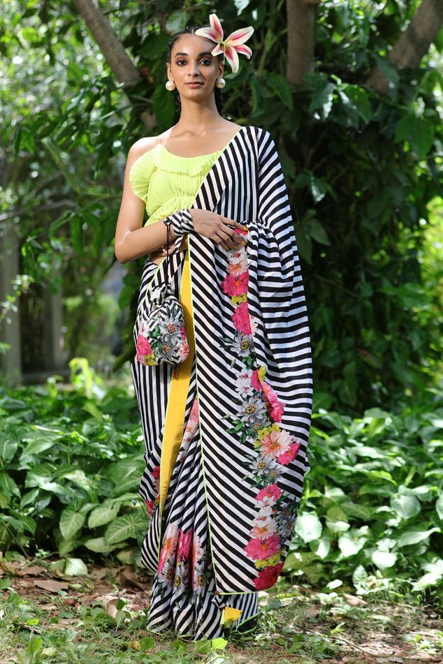 Leheriya Saree with Blouse Fabric