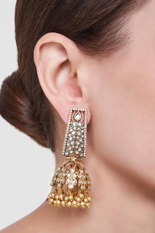 Thabin Earrings