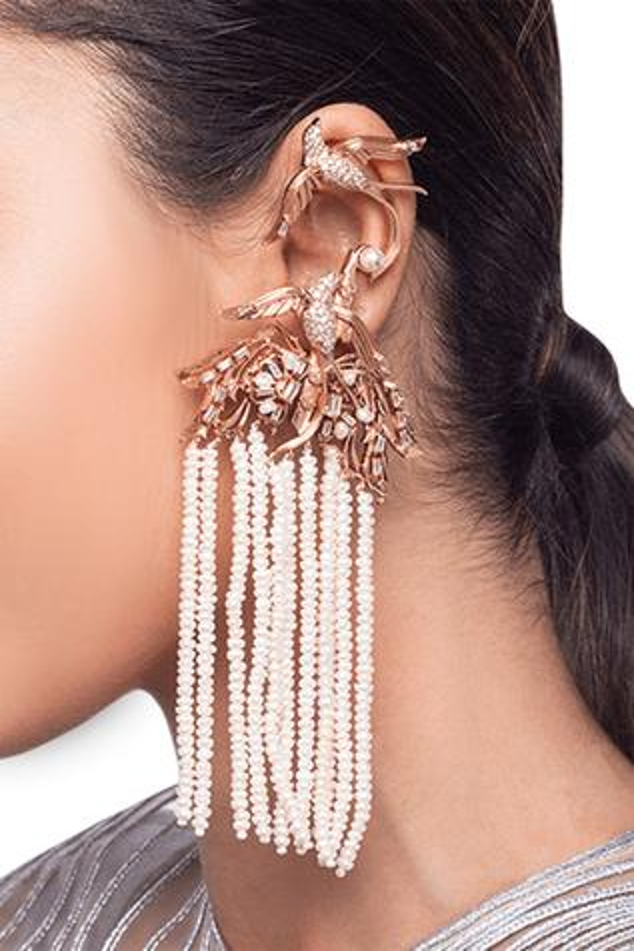 Lophorina Tassel Ear Cuff