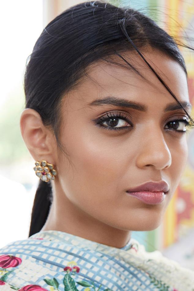 Ila Crystal Earrings