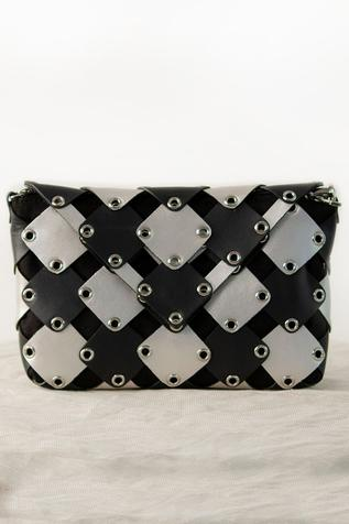 Geometric Flap Clutch with Sling