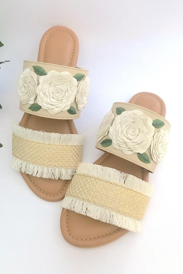 Jute Fringe Floral Embroidered Sandals