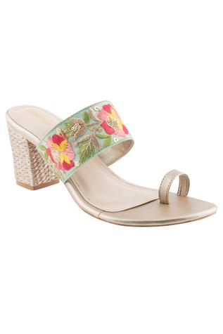 Embroidered Toe-Ring Block Heels