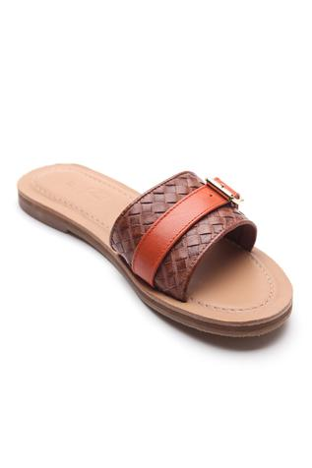 Textured Buckle Strap Sliders