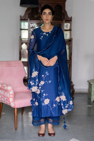 Embroidered Chanderi Kurta Set